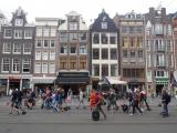 Eigenaren van LEV's hebben op 10 Juli in Amsterdam gedemonstreerd.